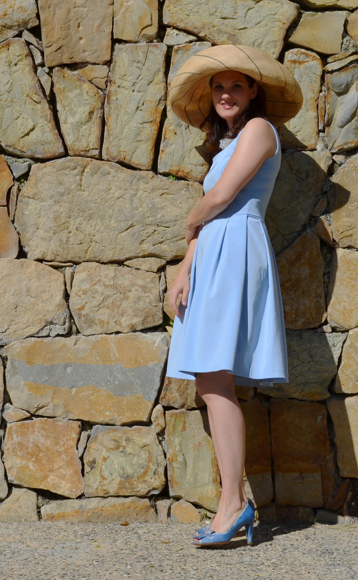 Marbella-blau_Hut_04