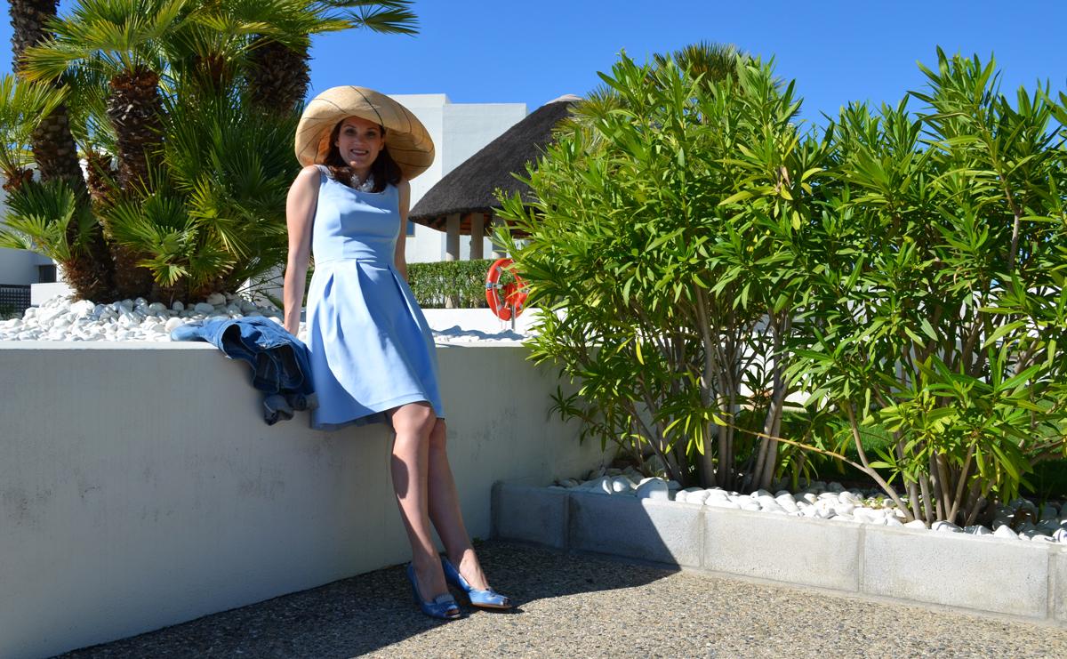 Marbella-blau_Hut_05
